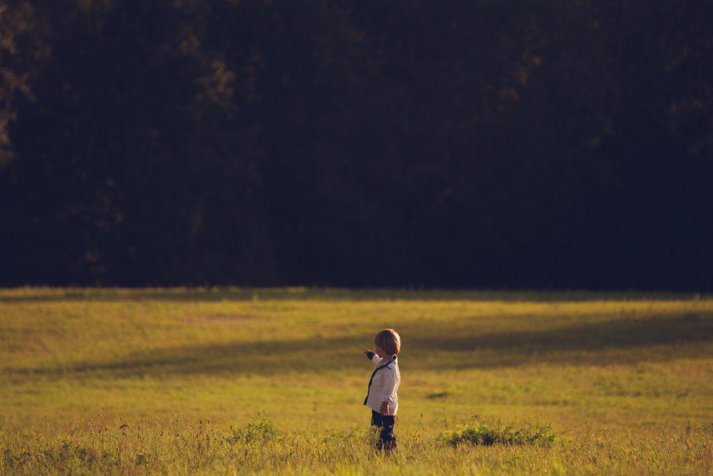 dziecko i krajobraz fotografia fotosister